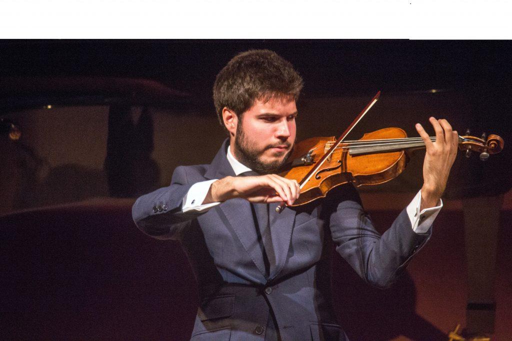 Paco Moltanvo al violín